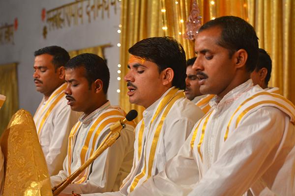 Brahmasthan, Indien, Panditgruppe