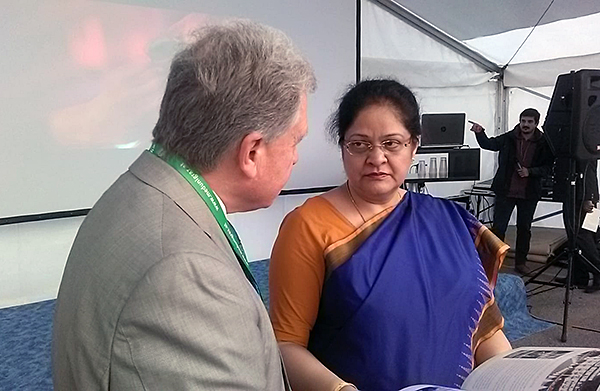 Lothar Pirc mit der indischen Botschafterin Renu Pall